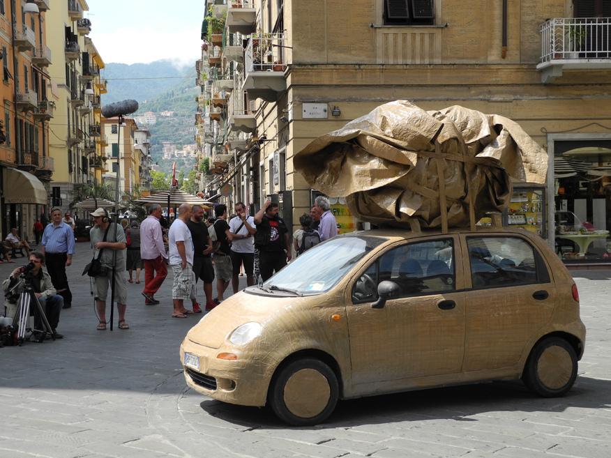 Giovanni Bianchini e il suo monumento viaggiante