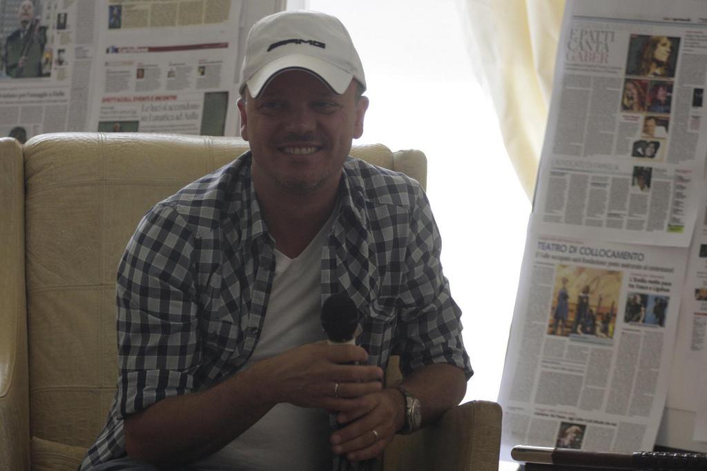 festival-gaber-2012-gigi-d-alessio-conferenza-stampa