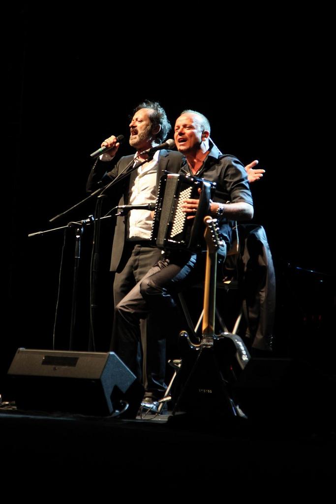 festival-gaber-2012-gigi-d-alessio-e-rocco-papaleo-sul-palco