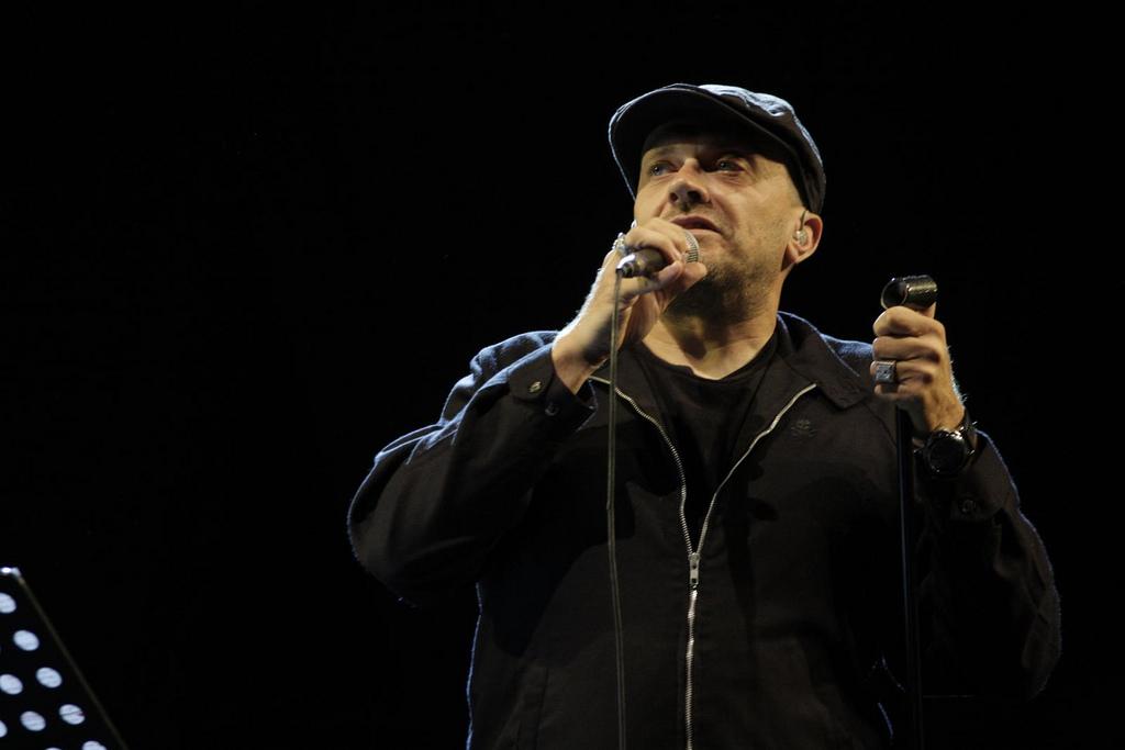 festival-gaber-2012-max-pezzali-sul-palco