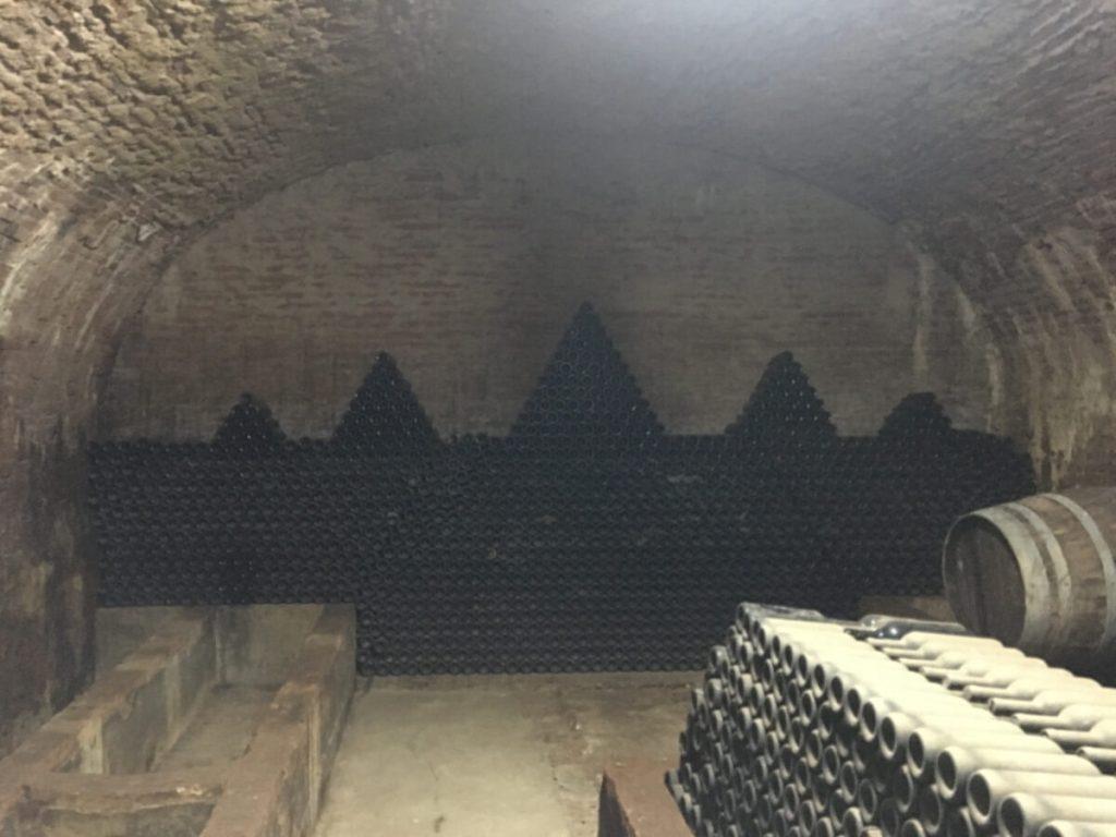 12 dettagli di toscana i templari a torre a cenaia nei sotterranei dimenticati di Villa Valery una misteriosa cantina ok
