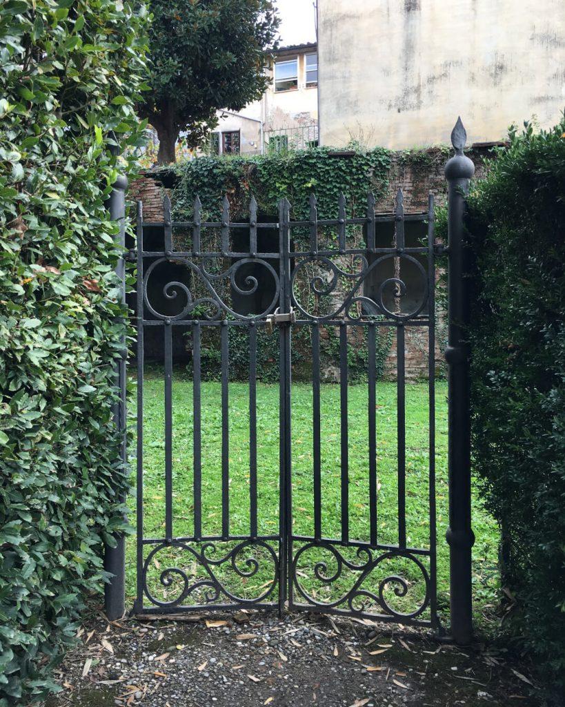 18 dettagli di toscana palazzo pfanner lucca