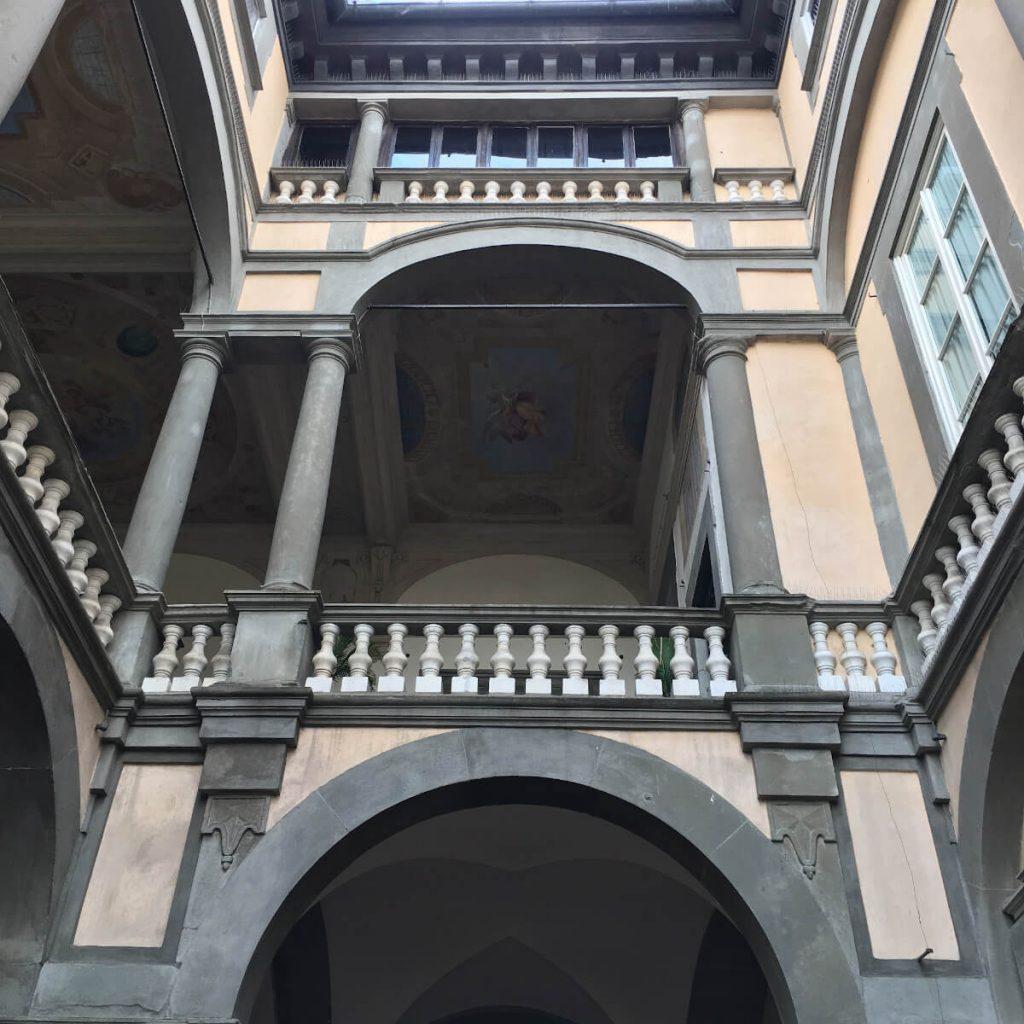 30 dettagli di toscana palazzo pfanner lucca copia