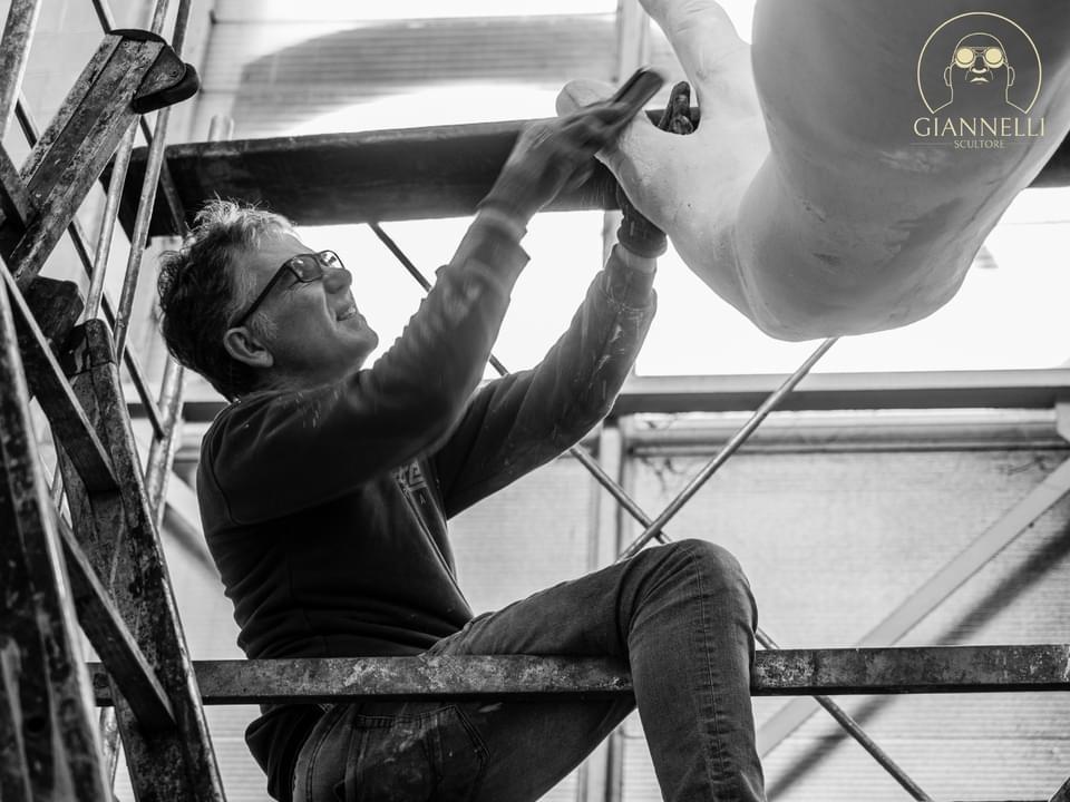 Emanuele Giannelli e Mr Arbitrium Cittadella del Carnevale Viareggio Foto di Riccardo Benassi 10