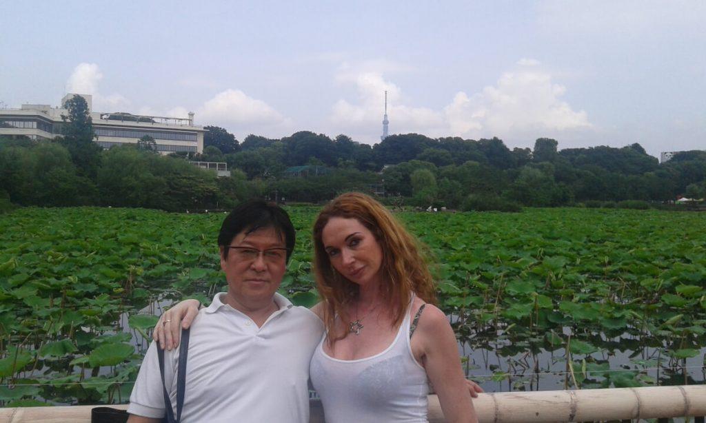 claudia fambrini con il compagno Hiroyuki